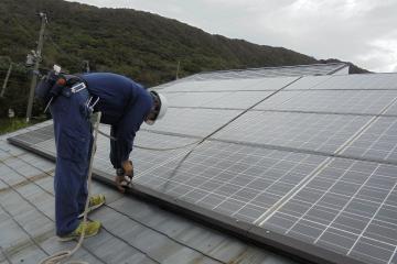 太陽電池の点検