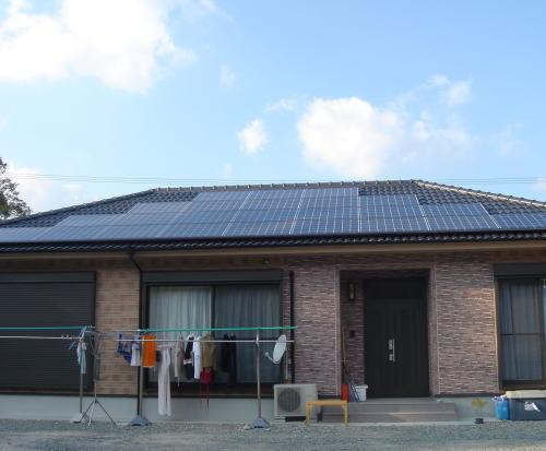 U様邸太陽光発電システム設置