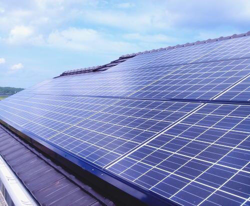 E様邸太陽光発電システム設置